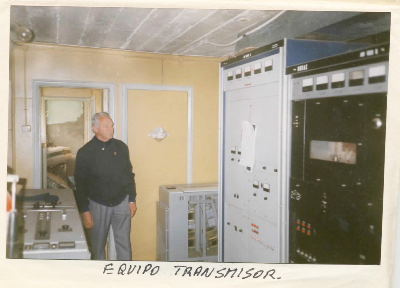 12-Radio-SMaria-equipo-transmisor-dic-95